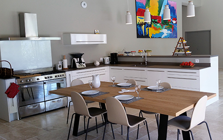 cuisine-stratifie-blanc-et-piano