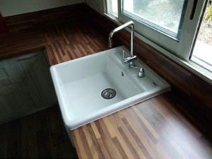 evier-timbr-avec-porte-savon-integre