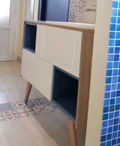 amenagement-salle-de-nain-meuble-graphique-blanc-bleu-en-charente-maritime