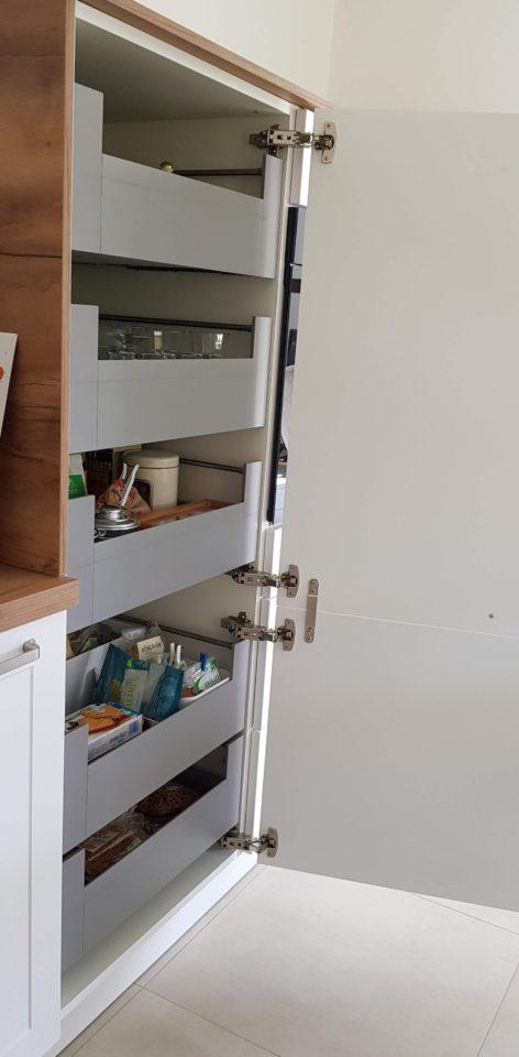 armoire-avec-tiroirs-a-l-anglaise